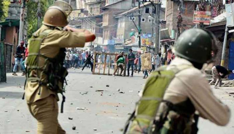 Indian troops kill two Kashmiri youth in IIOJK
