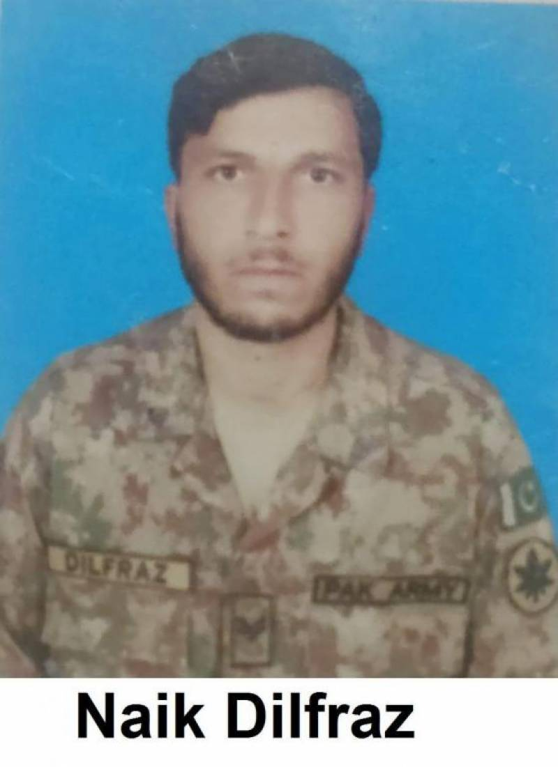 Pak Army solider martyred in Indian firing along LoC