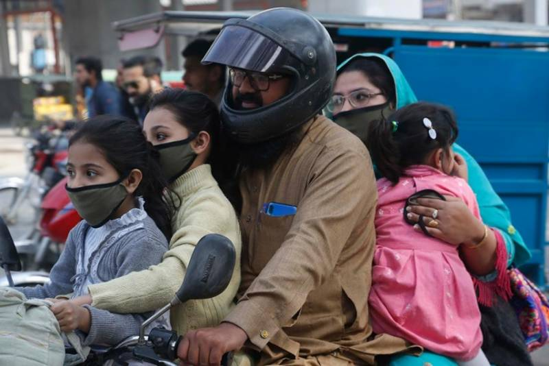 Pakistan records 566 fresh cases, 9 new deaths from coronavirus