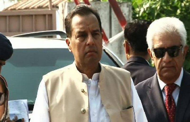 NAB issues arrest notice to PML-N's Capt Safdar