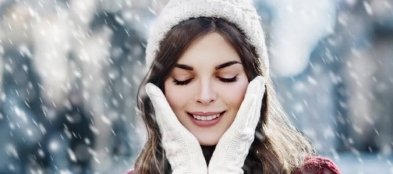 Top 5 skincare hacks for a healthy winter skin