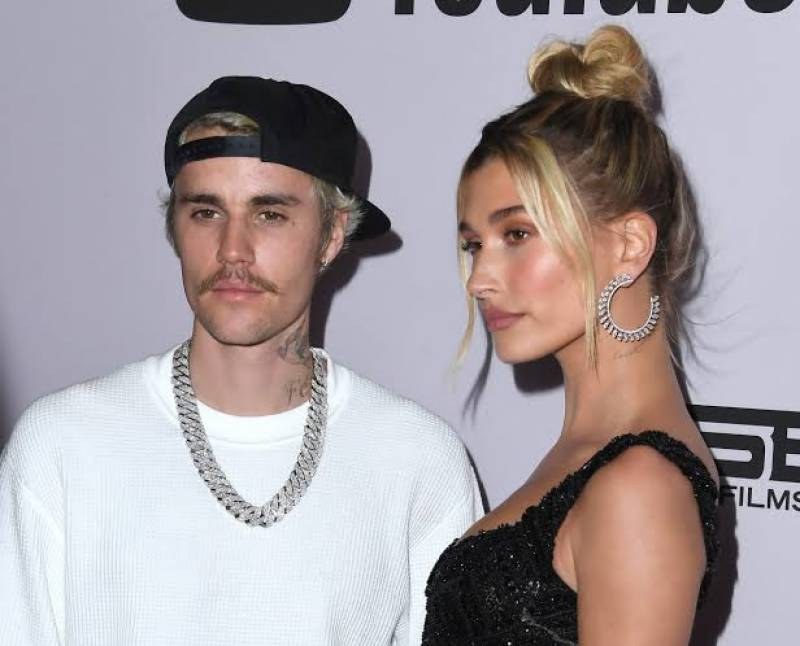 Hailey Baldwin got a new ring finger tattoo for Justin Bieber