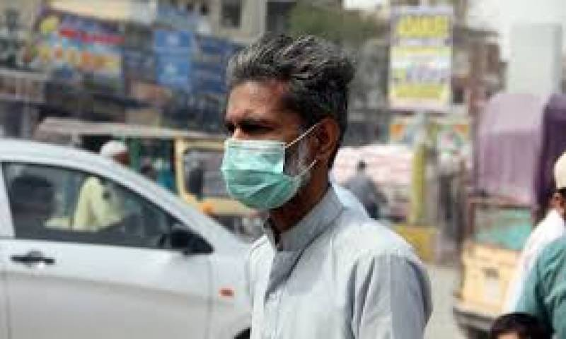Wear face mask or pay Rs500 fine, Karachi commissioner issues order for public
