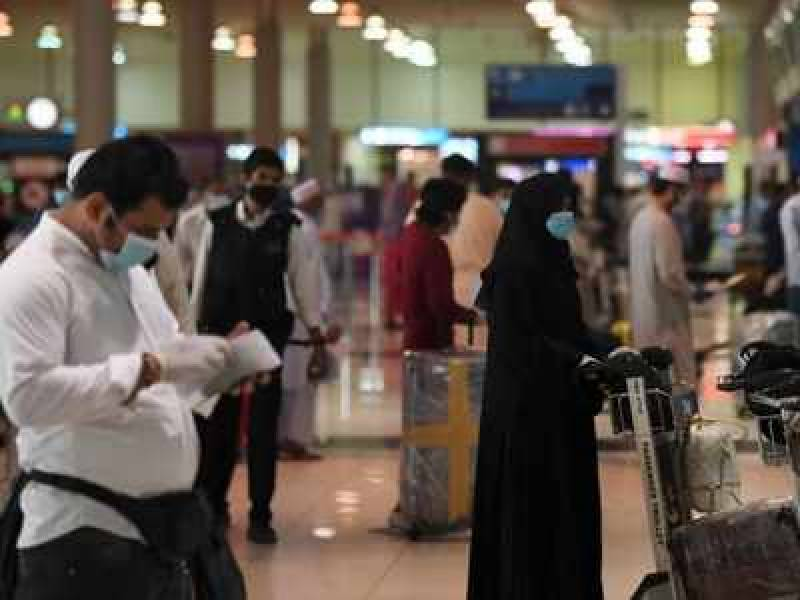 UAE suspends visas for Pakistanis amid second wave of COVID-19