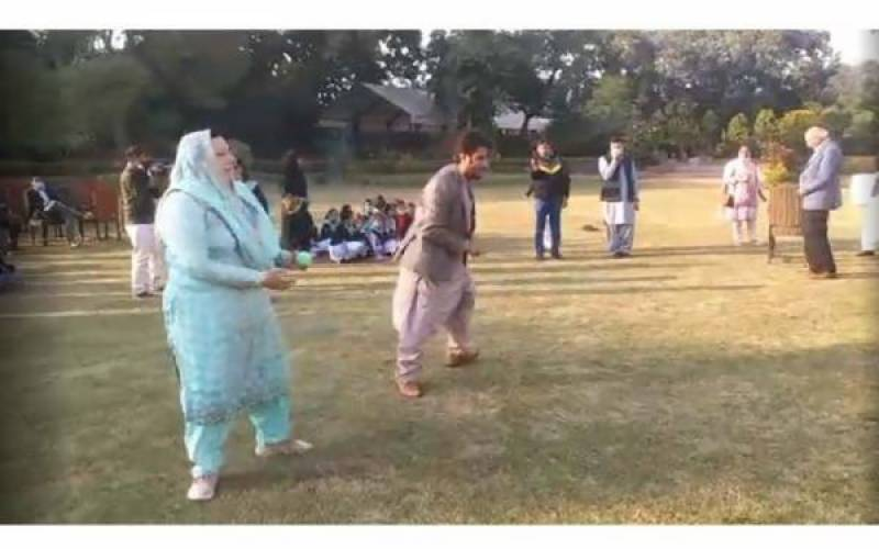 Firdous bowls Sawar out at Governor House (Video)