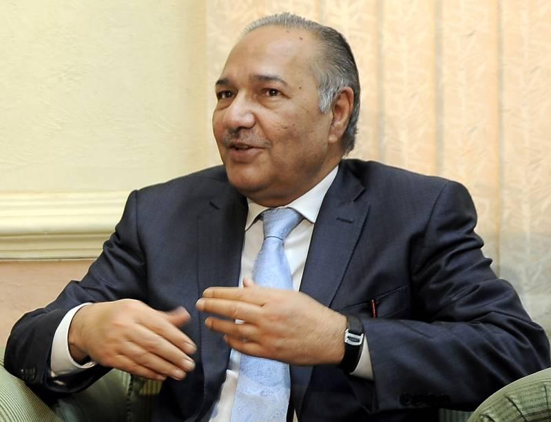 Ex-Defence minister Ahmad Mukhtar dies at 74