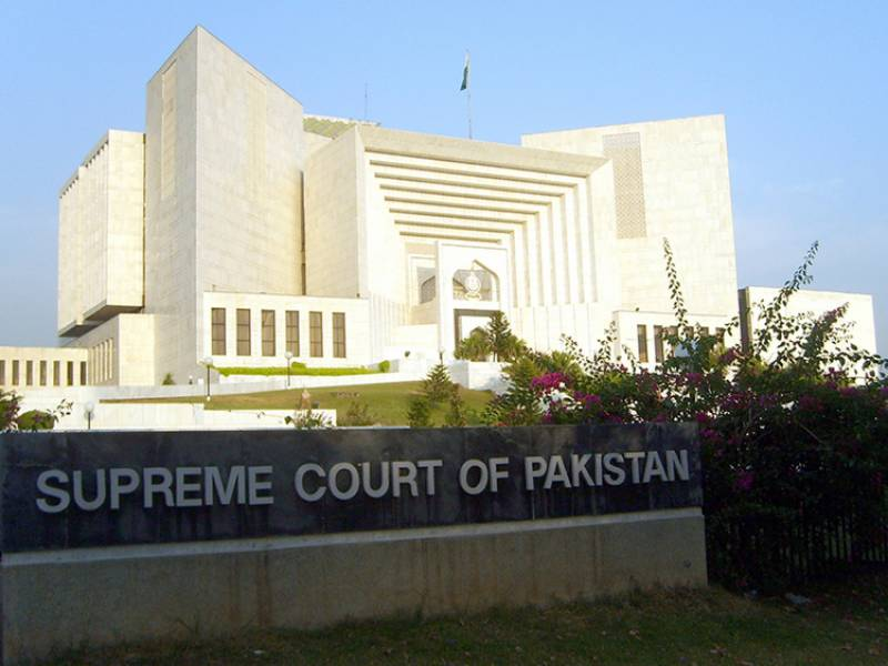Virus-positive lawyer in Supreme Court to 'set precedent'