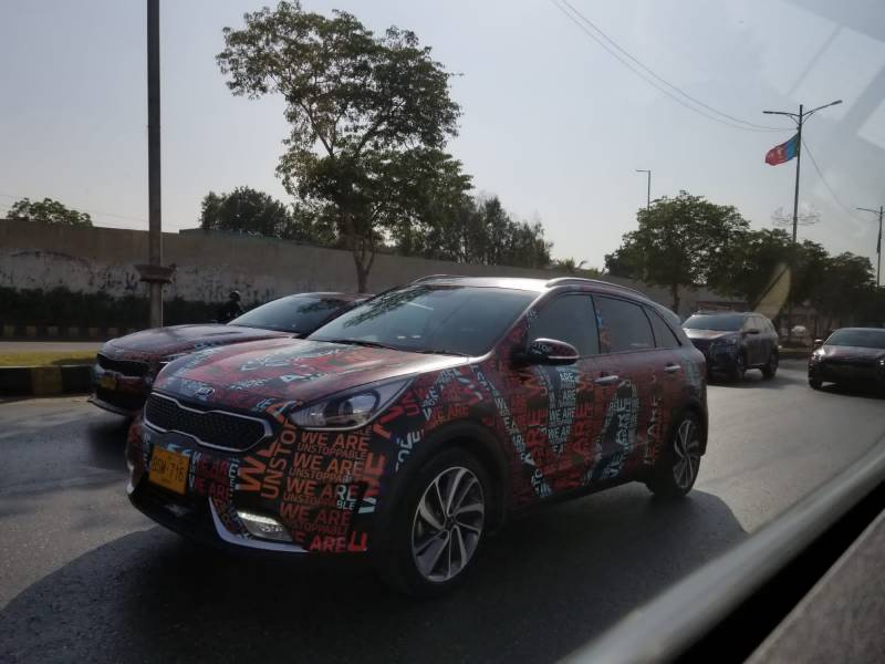 KIA Niro Spotted in Pakistan – Is the future of Hybrid vehicles around the corner?