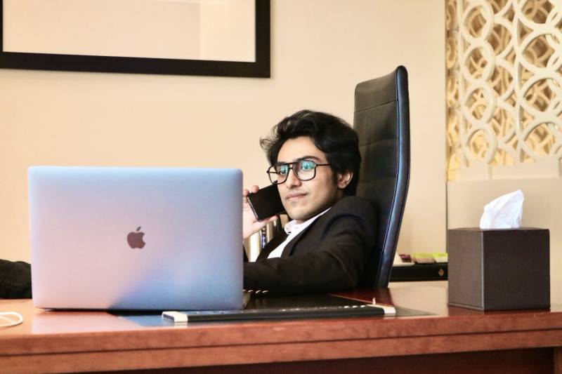 Meet Nabeel Ahmad: The Founder and CEO of Skyray Ventures