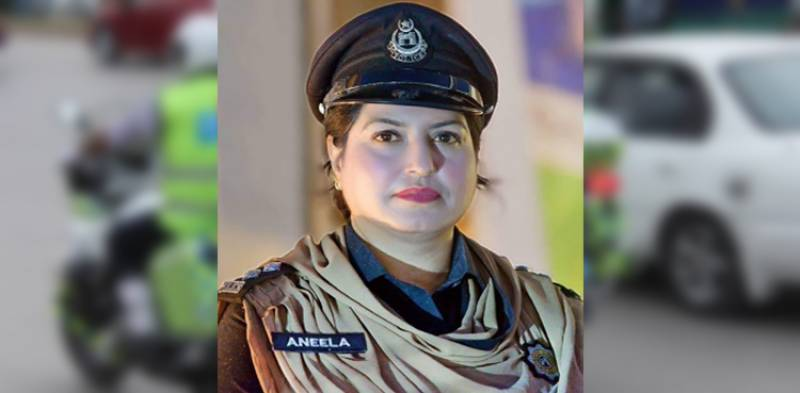 KP gets first female traffic police officer in Peshawar