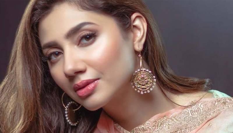 Mahira Khan tests positive for coronavirus, urges fans to mask up