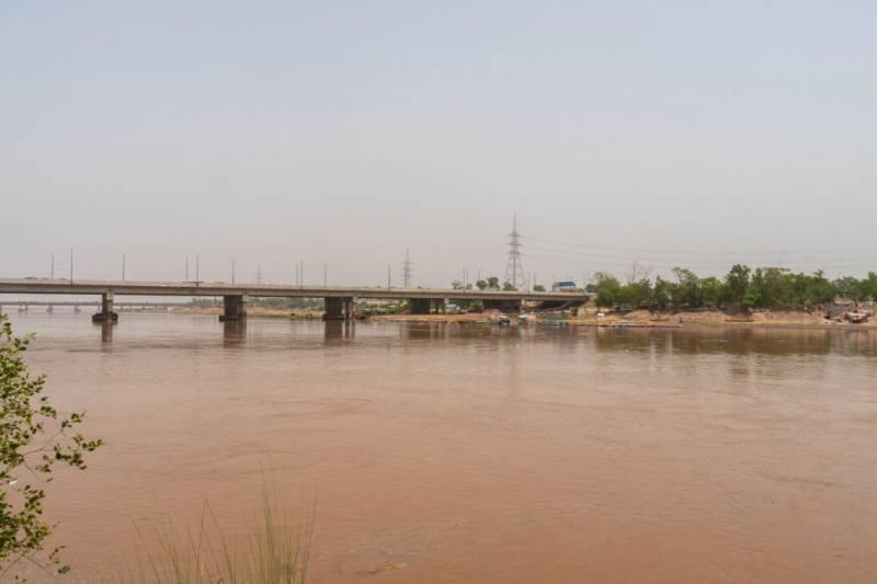 LHC halts Ravi River Urban Development Project