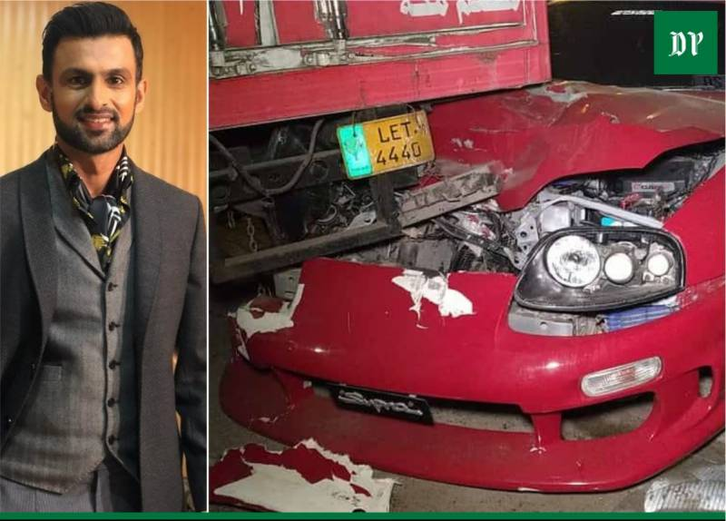 Shoaib Malik damages sports car in Lahore accident (VIDEO)