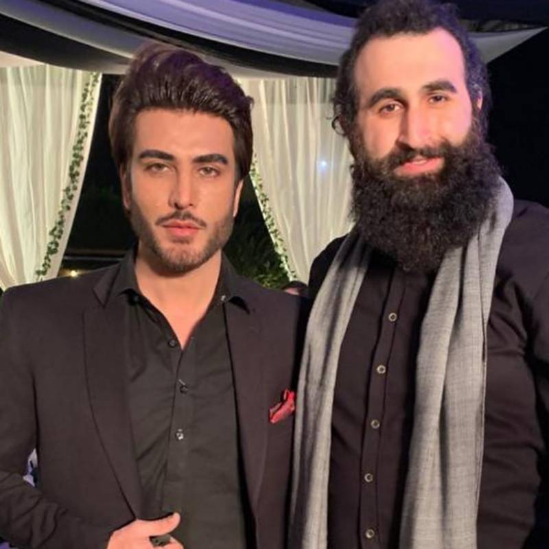 Imran Abbas meets Celal Al alongside team of Diriliş: Ertuğrul