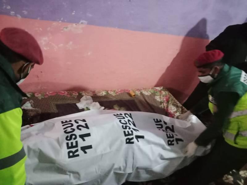Rawalpindi teenager kills elder siblings, critically injures mother