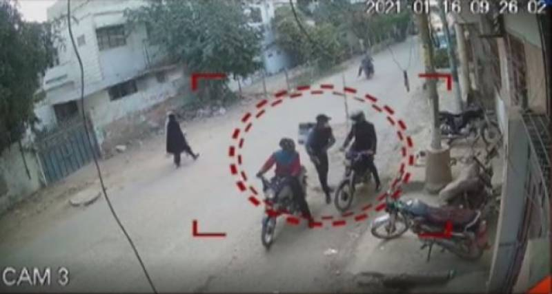 'Delivery boys' turn robbers in Karachi