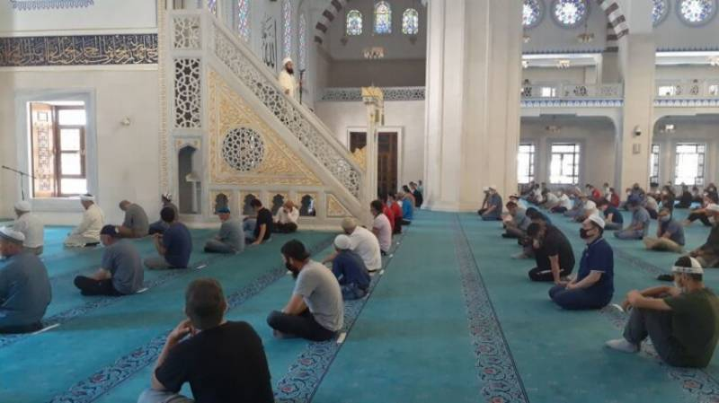 This Asian country is set to reopen mosques after 9-month Covid-related shutdown
