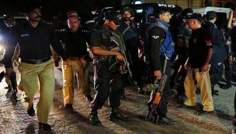 CTD guns down one militant, arrests other five in Karachi