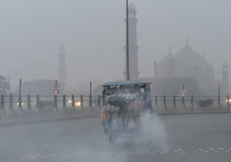 Air pollution cuts average Pakistani life expectancy by 3.8 years, study