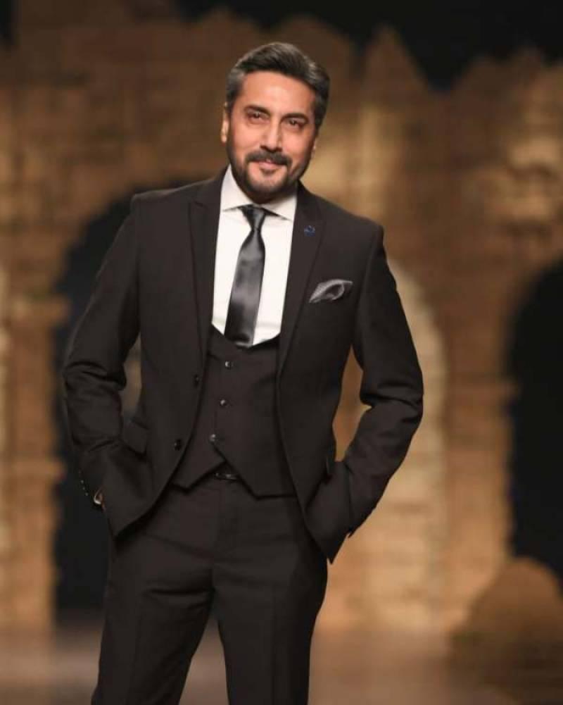 Adnan Siddiqui informs fans about hacker alert