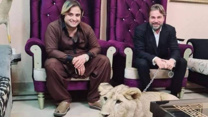 Kashif Zameer accused of kidnapping, torturing social media activist for exposing '$0.5m deal fraud' with Ertugrul's Engin Altan