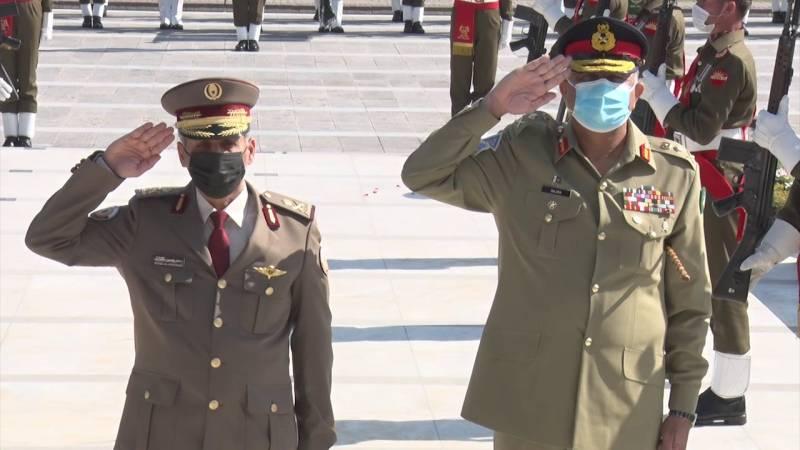 Qatari military commander calls on Pakistan Army chief at GHQ