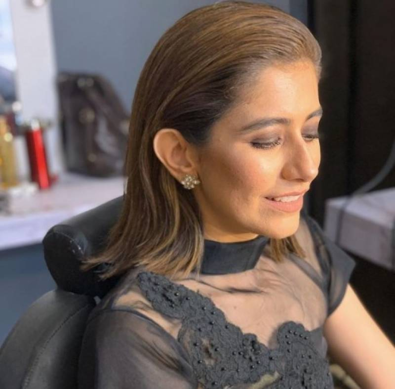 Syra Yousuf wards off criticism over her unfiltered, beautiful skin in the best way