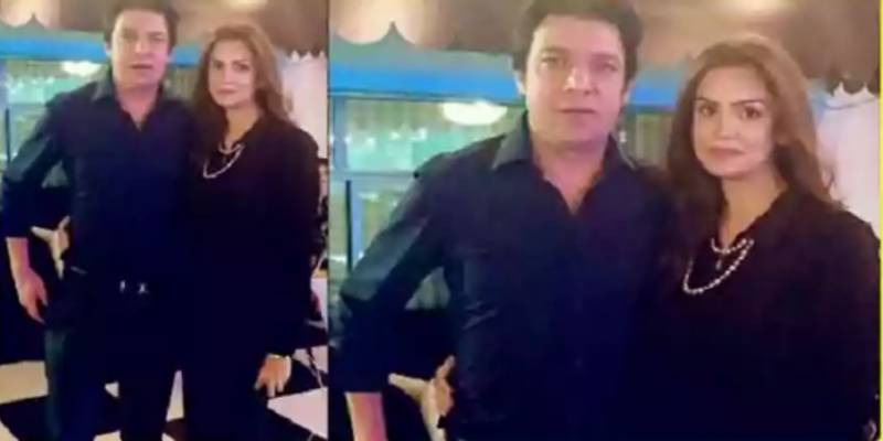 Journalist Saadia Afzaal drops major clue about 'marriage' with Senator Faisal Vawda