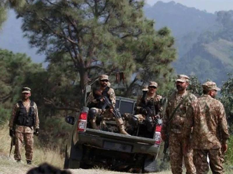 Pakistani forces kill eight terrorists including 3 commanders in Waziristan