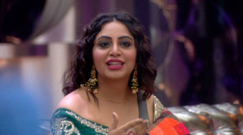 Bigg Boss 14 fame Arshi Khan all set for debut in Bollywood