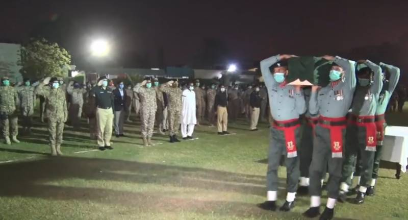 Rangers personnel martyred in Karachi blast laid to rest with military honour
