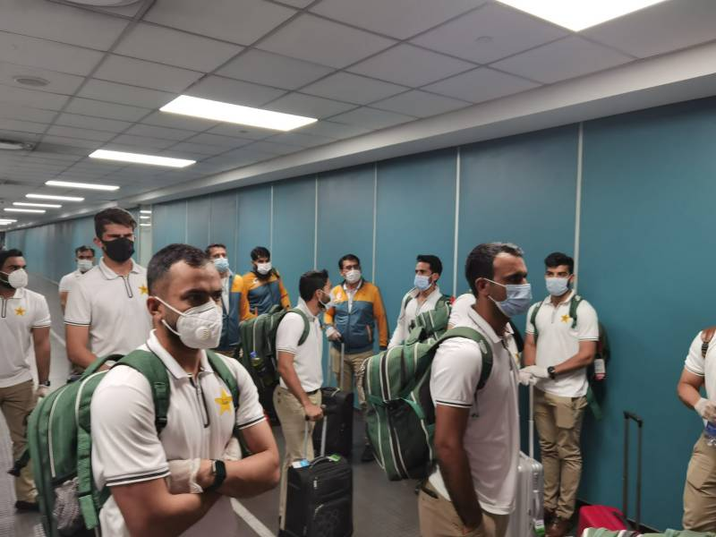 #PAKvSA – Pakistan cricket squad reaches South Africa