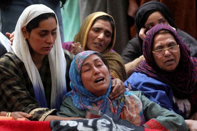 Indian troops killed over 300 Kashmiris during 600-day siege