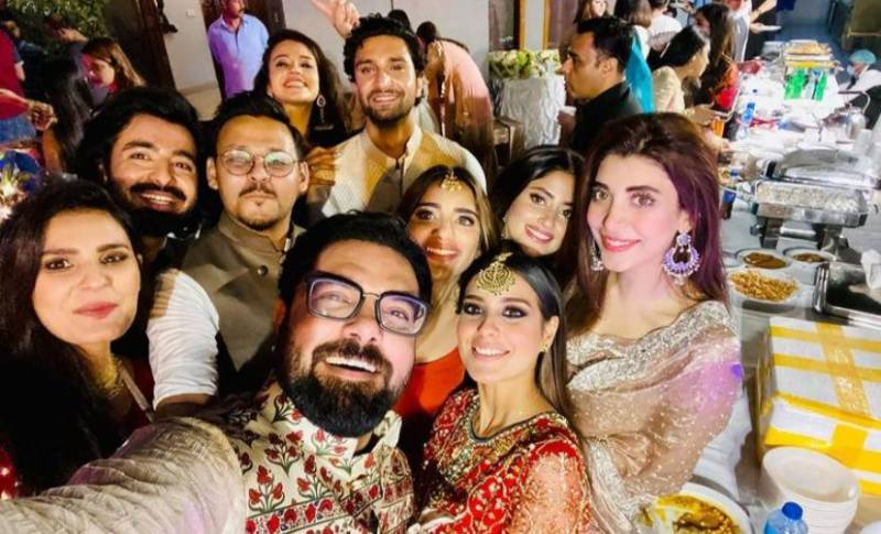 Watch Sajal Aly, Zara Noor Abbas and Saboor Aly dance their hearts out at friend's Mehndi