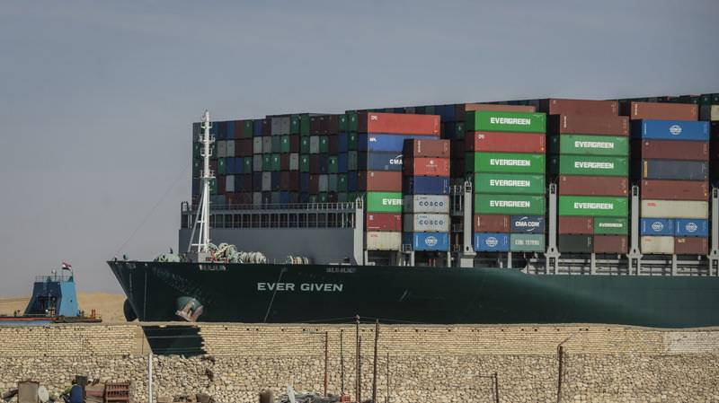 Giant ship blocking Suez Canal finally freed after nearly a week (VIDEO)