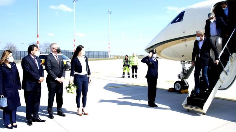 Pakistan's Shah Mahmood Qureshi lands in Germany