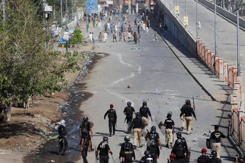 TLP-police clashes leave another cop dead, nearly 100 others injured in Lahore