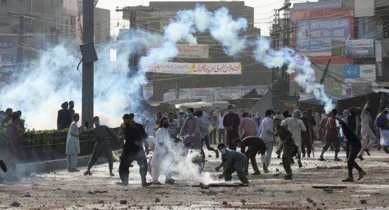 PM Imran, federal cabinet approve summary to ban Tehreek-e-Labbaik Pakistan