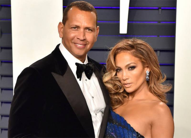 Jennifer Lopez and Alex Rodriguez officially call it quits
