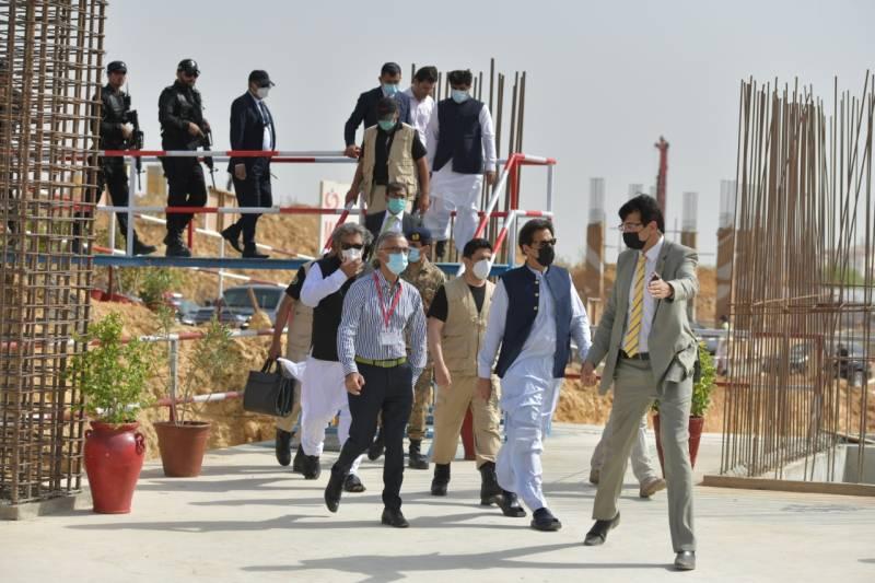 PM Imran visits site of Shaukat Khanum Cancer Hospital in Karachi