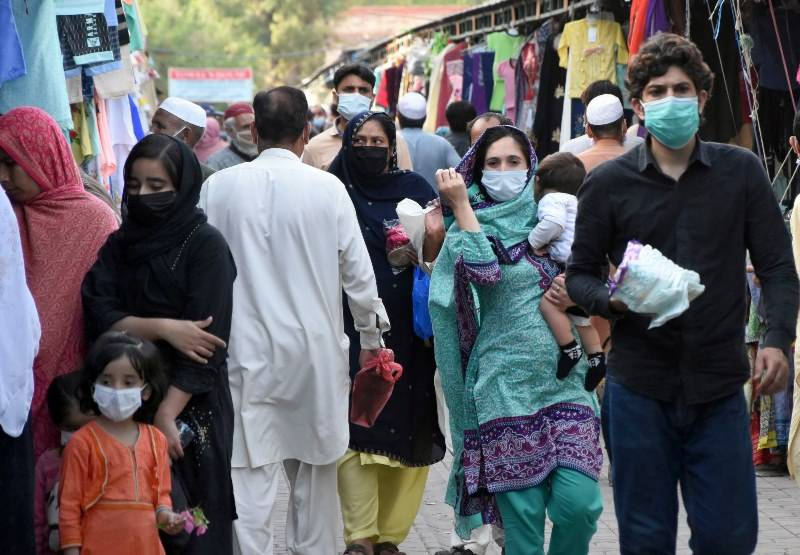 Pakistan logs highest daily Covid-19 deaths since pandemic started
