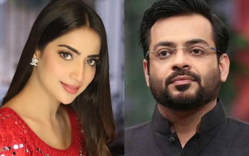 Watch – Saboor Aly puts Aamir Liaquat Hussain in his place on Ramadan show
