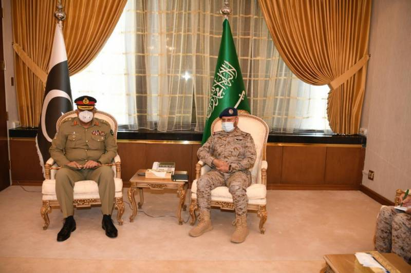 Pak-KSA cooperation will positively impact regional peace, COAS Bajwa tells Saudi general