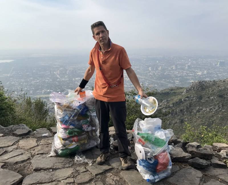 Top British diplomat is collecting trash from Margalla Hills, and Pakistanis are feeling embarrased!
