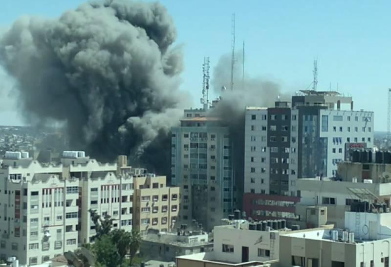 Israel destroys another Gaza building housing offices of Al Jazeera, AP (VIDEO)