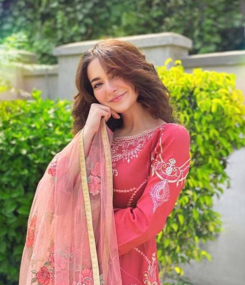 Hania Aamir's latest video stirs storm on social media