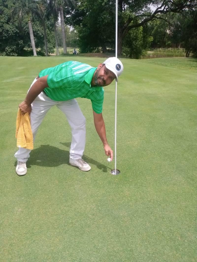 Aamir Khan tops in PGF Qualification School Golf Event