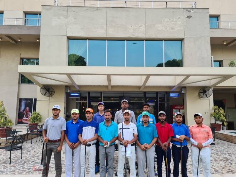 Irfan emerges as senior professional leader in PGF Qualification School Event