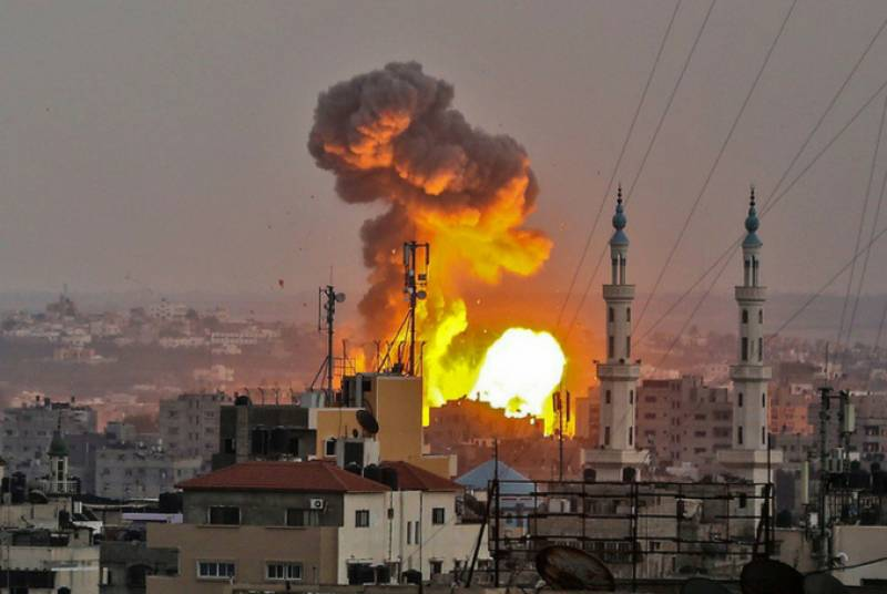 Israeli airstrikes hit Gaza for the second time since ceasefire