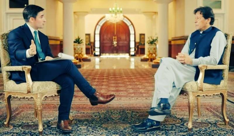 'Men are not robots!' – PM Imran speaks about impact of women wearing 'very few clothes'